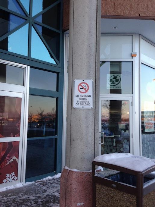 Raucherschutz in öffentlichen Gebäuden