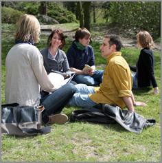 FH-Diakonie: Studierende auf dem Campus-Gelände